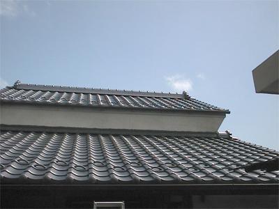 山梨県甲府市 太陽熱温水器 取付前の屋根