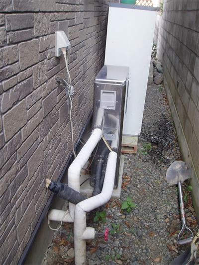エコキュートに変わる前の既設給湯器