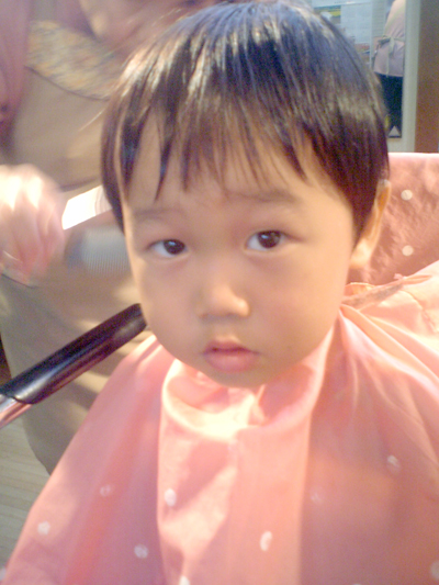 髪を切ったよぉ(^^)