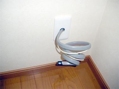 蓄熱式暖房器の配線を確認