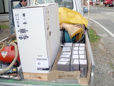 蓄熱式暖房器の納品