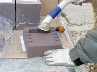 蓄熱式暖房器の蓄熱体の清掃