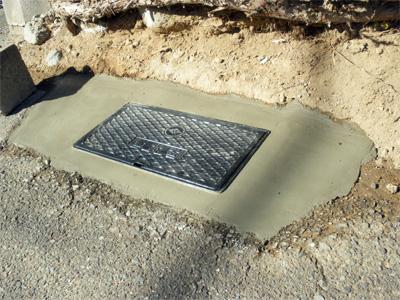 山梨県甲府市で量水器(水道メーター)BOX交換